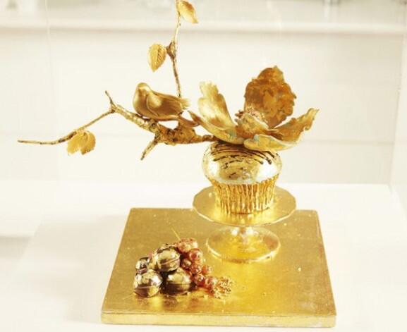 10 Makanan Berbahan Emas Asli! Jika Kelebihan Uang, Relakah GanSis Membelinya?