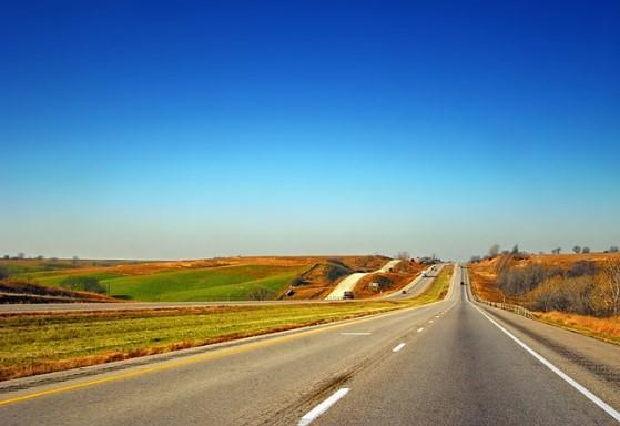 10 Jalan Raya Terpanjang di Dunia, Apakah Ada yang Pernah Agan Sista Lalui?