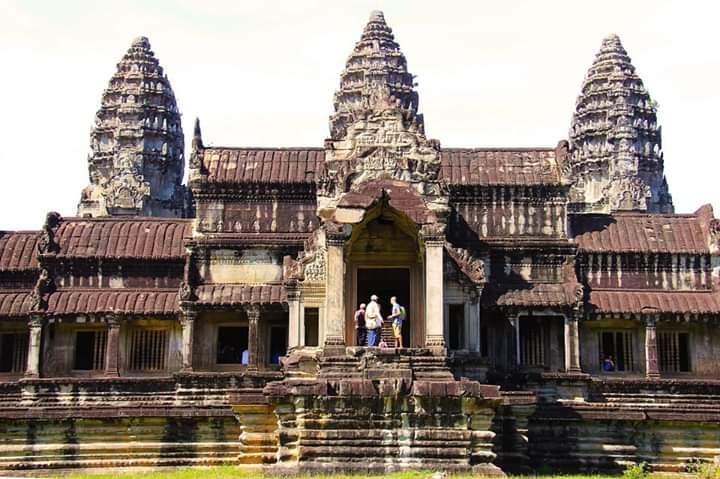 Angkor Wat, Salah Satu Keajaiban Dunia dari Kamboja.