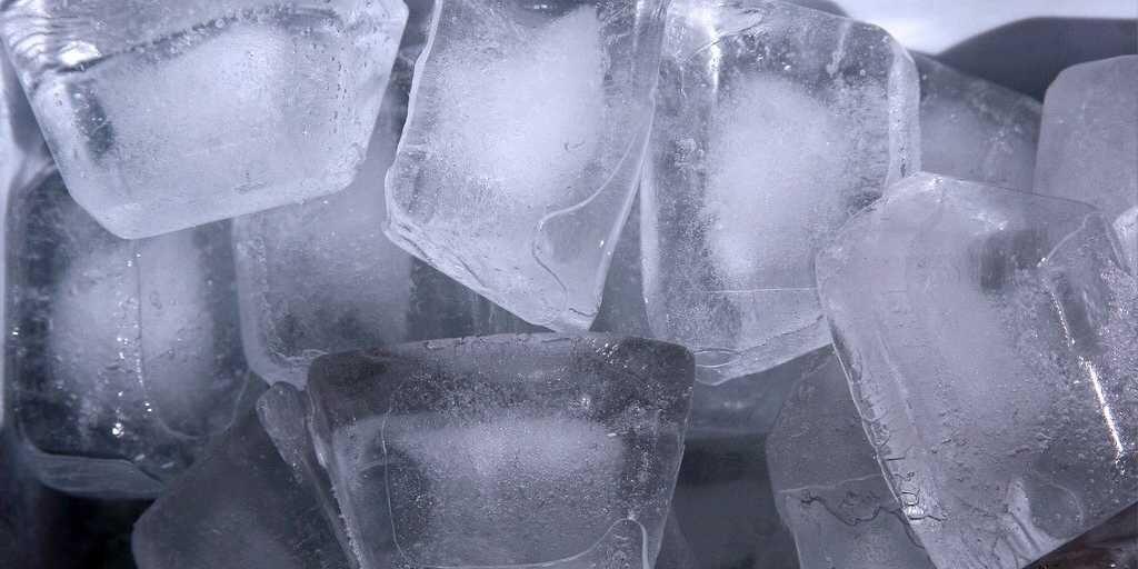 Perbedaan Es Batu dari Air Matang dan Mentah, Kamu Sudah Tahu?