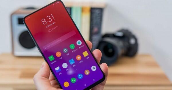 4 Smartphone Lenovo 2019 dengan Spesifikasi dan Tampilan Terkini