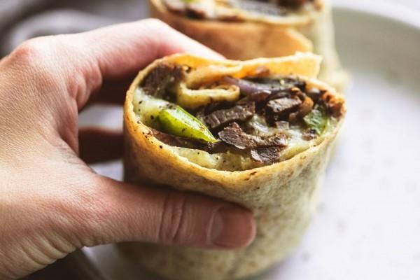 5 Menu Philly, Roti Lapis Bistik yang Bikin Ketagihan!