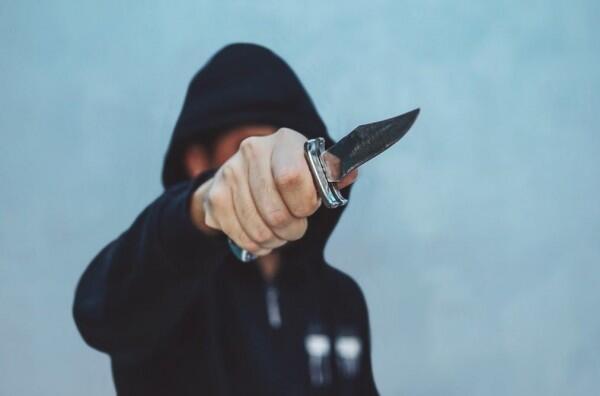 Budi Hartanto Dimutilasi di Sebuah Warung Kopi