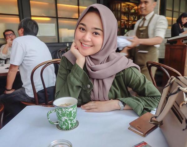 10 Potret Terbaru Keluarga Limbad yang Jarang Disorot Media