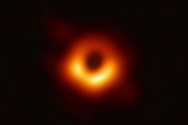 Sarat Nilai Sejarah, Ini Dia 10 Foto Astronomi Paling Diingat