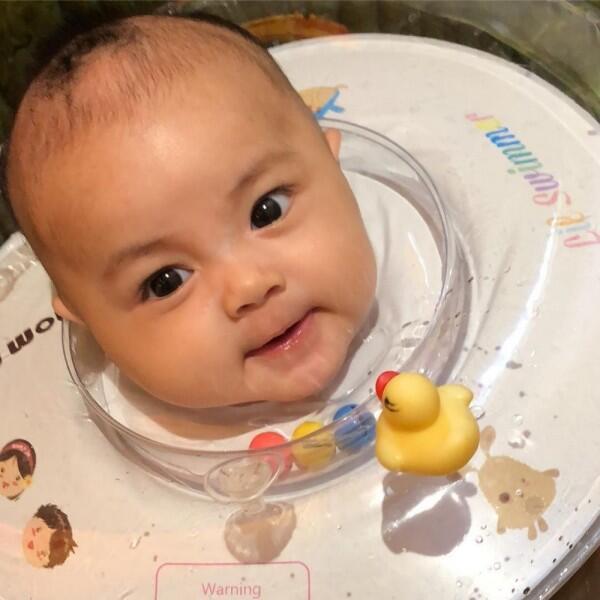 10 Potret Baby Zara, Anak Pertama Guntur Triyoga yang Bikin Gemes!