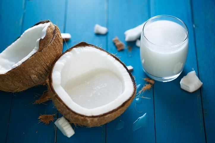 7 Khasiat Unik Santan yang Sering Disebut Biang Kolesterol