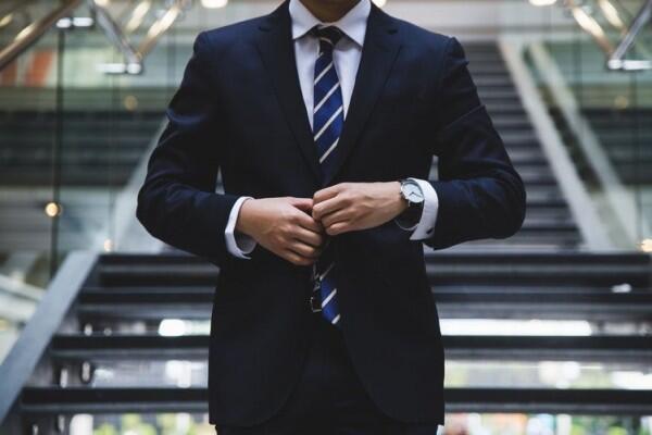 Alasan Terjun ke Dunia Bisnis Sejak Muda Bikin Kamu Sukses Lebih Cepat