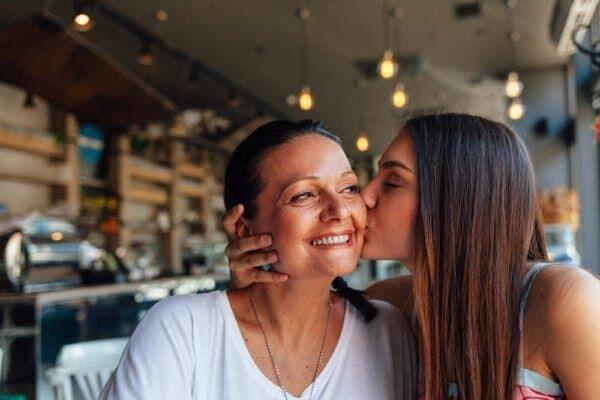 Buat Para Cewek, 6 Pencapaian Ini Perlu Kamu Raih Sebelum Menikah