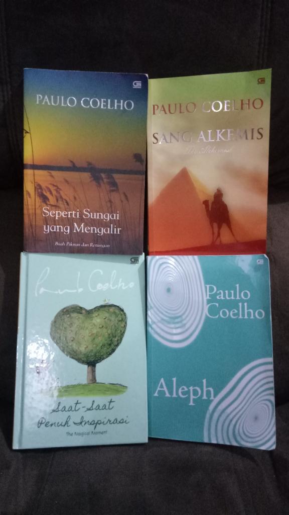 Mengais Kearifan Hidup Bersama Buku Paulo Coelho