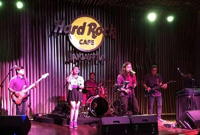 5 Cafe Hits dengan Live Music Buat Seru-Seruan Bareng Teman