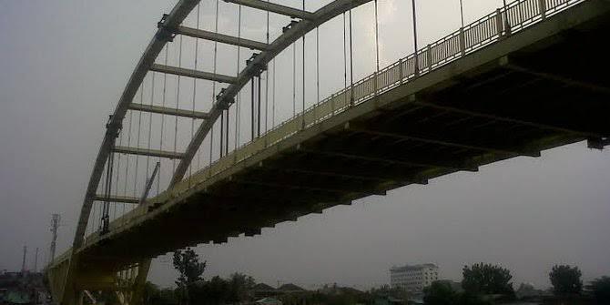 "Manusia Oh Manusia, Jembatan Baru Sudah Di ""Unboxing"" Dan Kehilangan Ratusan Baut"
