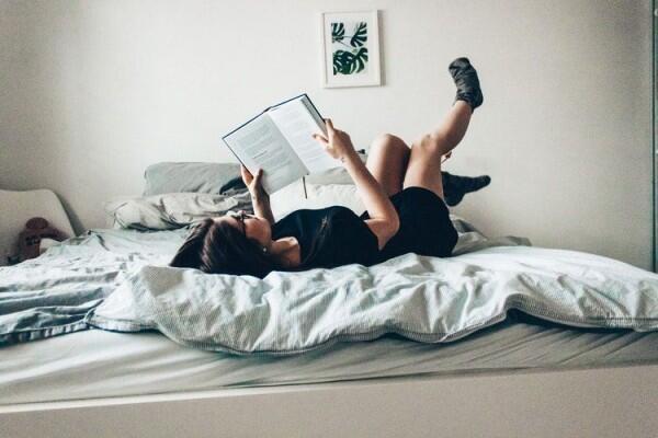 Biar Makin Suka, Terapin 5 Tips Ini Saat Mulai Menanamkan Hobi Membaca