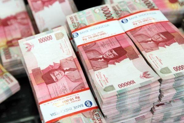 [BREAKING] 187 Amplop Berisi Uang Ditemukan di Rumah Hariro Harahap