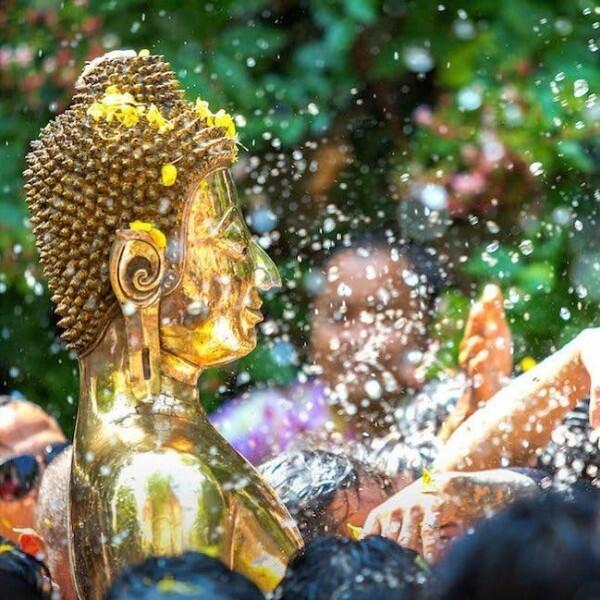 15 Potret Kemeriahan Festival Songkran 2019 di Thailand, Seru Banget!