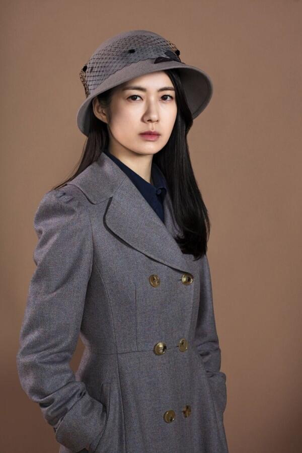 Ini 10 Potret Lee Yo Won 'Queen Seondeok' yang Segera Comeback