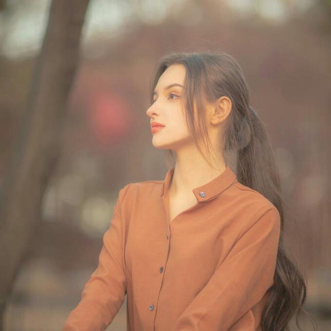 Cantik Banget Gan! Berwajah Timur Tengah Tapi Orang Korea. Siapa Dia?