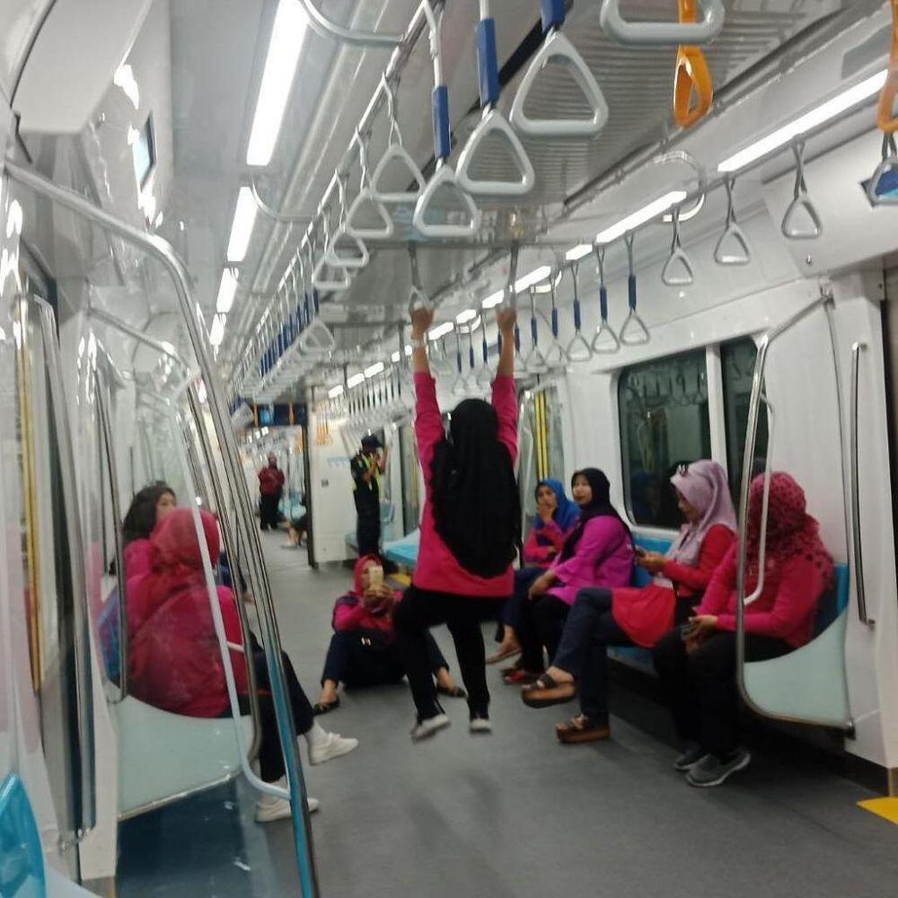 Orang-Orang yang Tidak Layak menjadi Warga Negara Indonesia