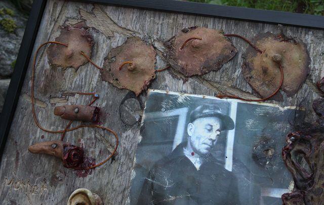 Properti Yang Terbuat Dari Bagian Tubuh Manusia Oleh Pembunuh Berantai Terkenal