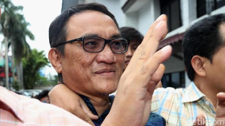 Amien Rais Sindir Tokoh Safety Player, Andi Arief: Nggak Usah Nantang SBY!