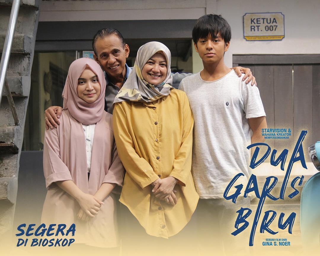 DUA GARIS BIRU (2019) | Dir. Gina S. Noer | Angga Yunanda, Zara JKT48