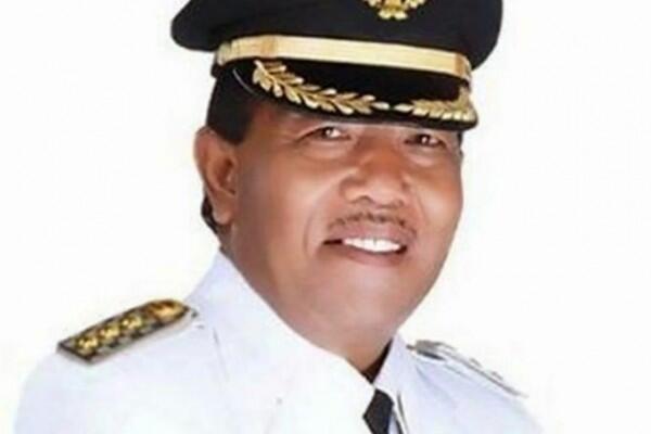 Jokowi Tolak Pengunduran Diri Bupati Mandailing Natal Lewat Telepon