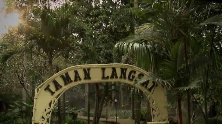 3 Tempat Penuh Misteri di Jakarta, Serem loh Gansis!