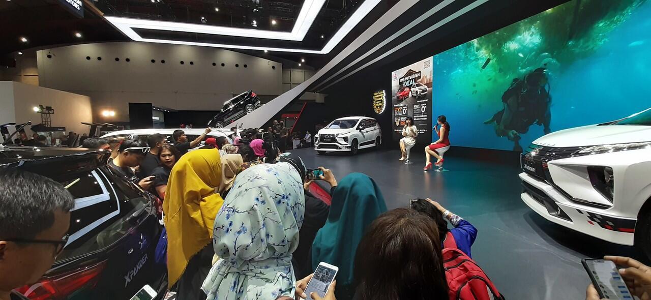 """Keren!! Gak Hanya Soal Mobil, Mitsubishi Motors Bahas """"Lingkungan"""" di IIMS 2019"""