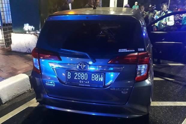Jelang Sahur, Pengemudi Ayla Ditemukan Tewas Dalam Mobil di Senayan