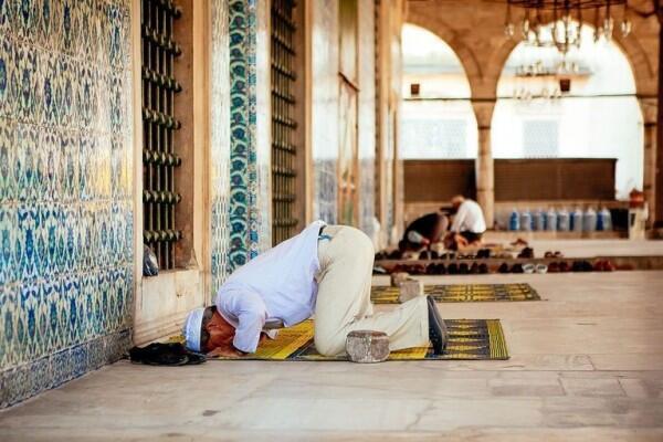Niat, Doa dan Tata Cara Salat Witir di Bulan Ramadan