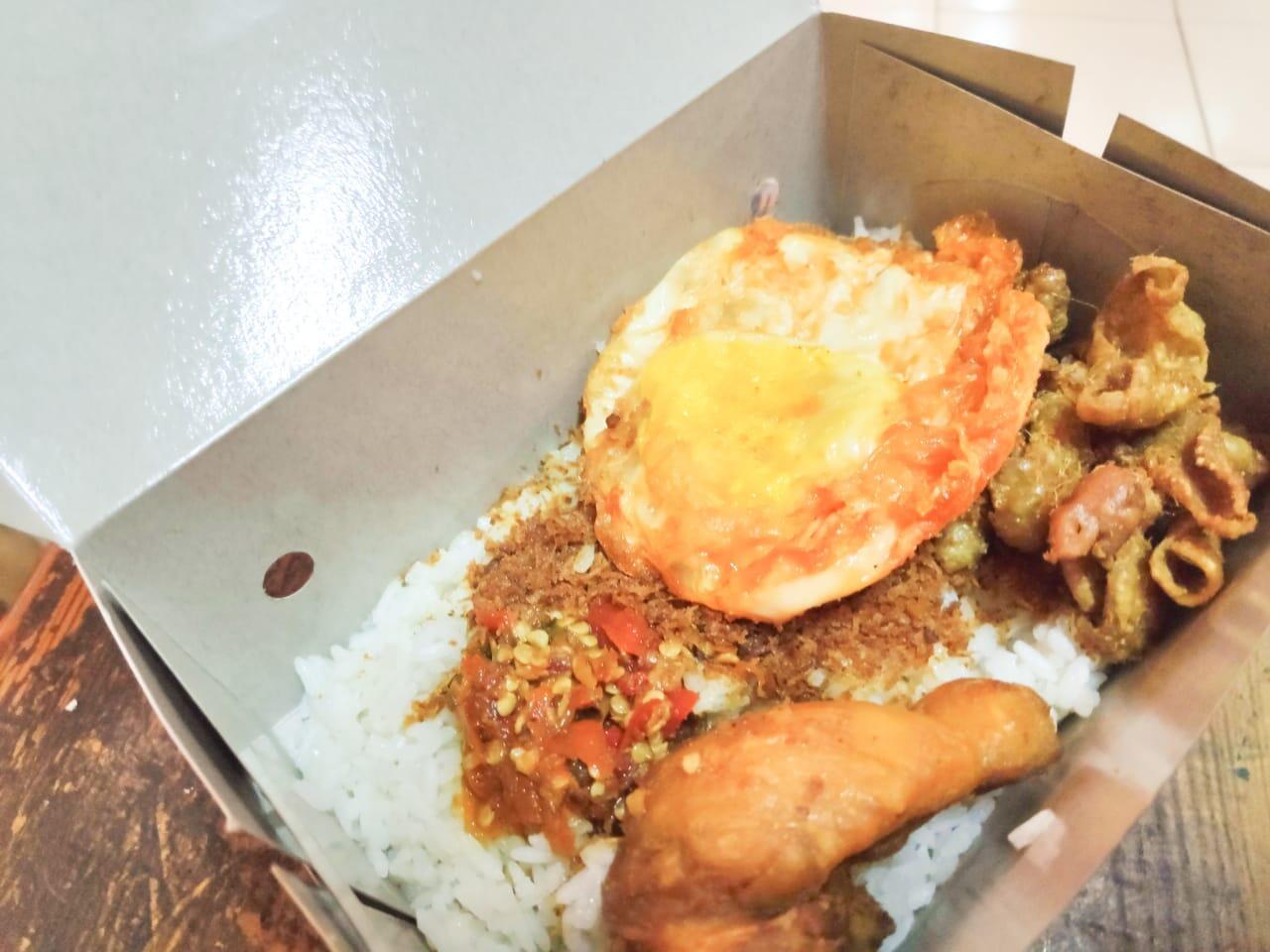 Buka Puasa di Pasar Santa: Harus Coba Nasi Kulit dan Se'i Sapi Gan!