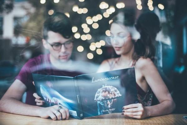 Catat! Ini Nih, 6 Tipe Pasangan yang Diidamkan Seorang Cewek Aquarius
