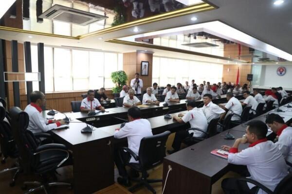 Gaji Lima Bulan Tak Dibayar, Karyawan KONI Sambangi Kemenpora