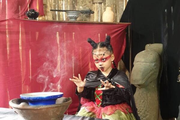 10 Potret Queensha Nadya, Artis Imut di Lenong Legenda