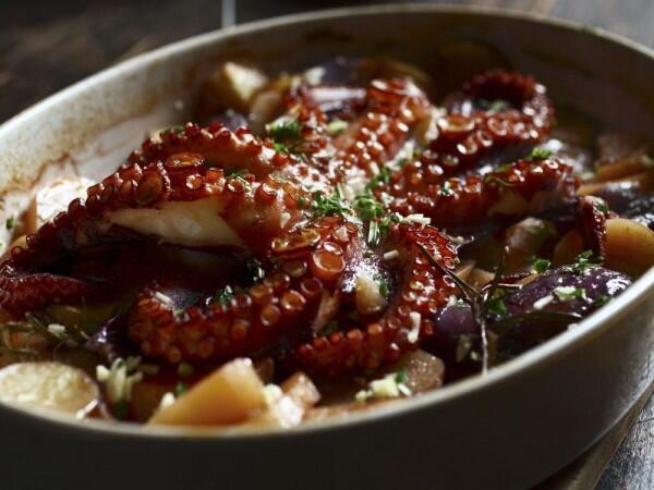 5 Tips Olah Daging Gurita Agar Empuk & Enak Dimakan