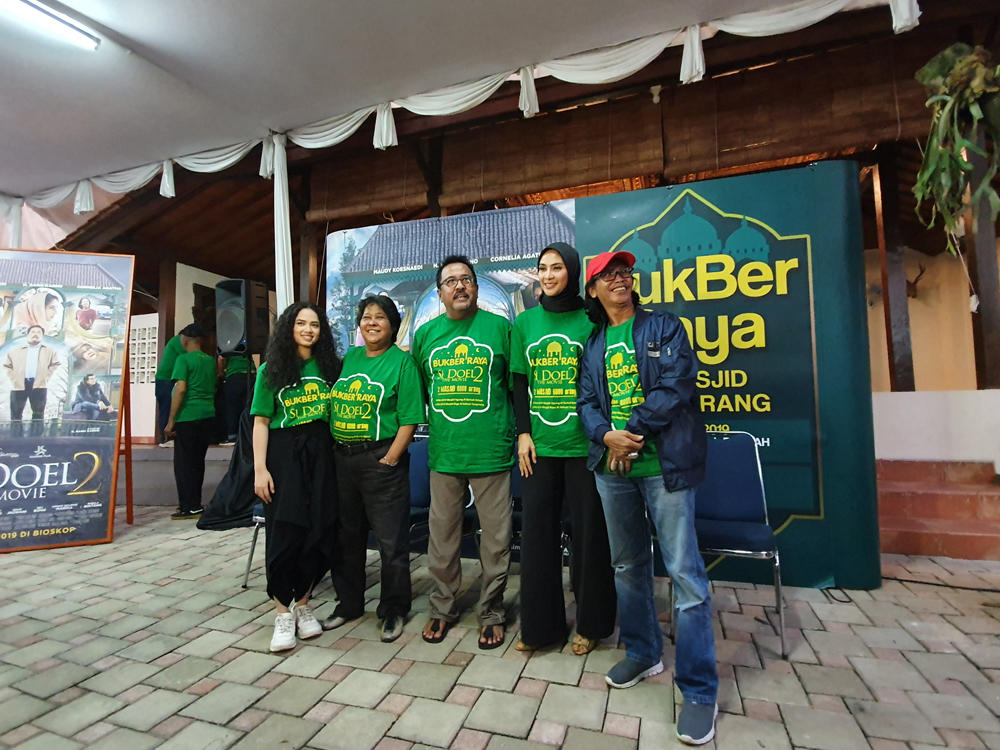 Warga Tangerang dan Bekasi, Nyok Buka Bareng Cast 'Si Doel The Movie 2'!