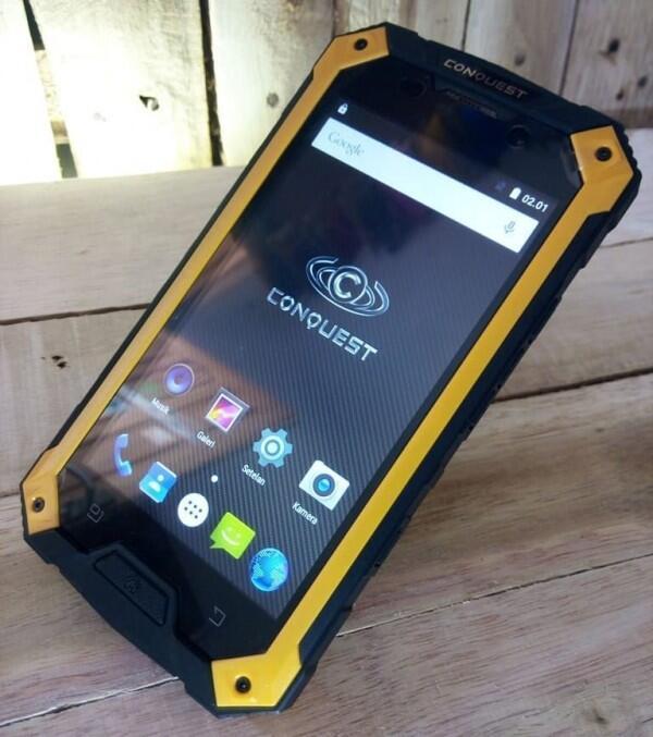 6 Smartphone Tahan Segala Medan Cocok untuk Kegiatan Outdoor