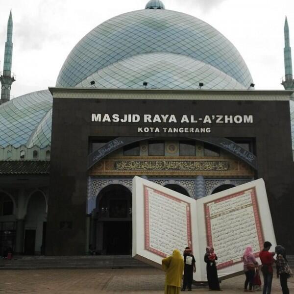 7 Hal Menarik Masjid Raya Al-A'zhom, Kebanggaan Warga Tangerang Nih