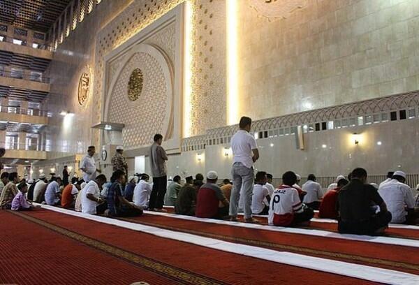 10 Amalan Kecil yang Semakin Berpahala Besar di Bulan Ramadan