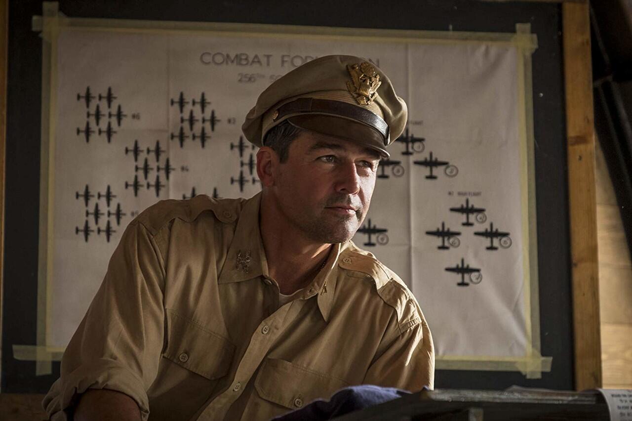 Wawancara dengan Kyle Chandler, Pemeran 'CATCH-22' yang Akan Tayang di HBO GO