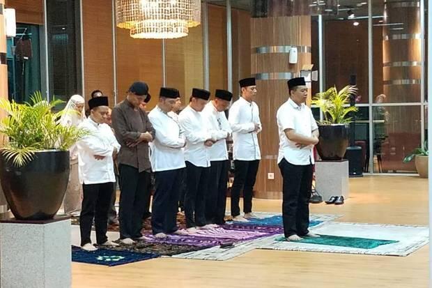 Gubernur NTB Jadi Imam Salat pada Pertemuan Tokoh Muda Indonesia