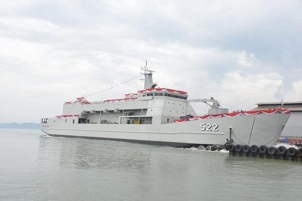 TNI AL Luncurkan Kapal Angkut Tank
