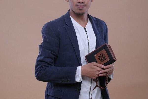 Sore-Sore Berkah: Ustaz Syam El Marusy Menjawab Fenomena Hijrah