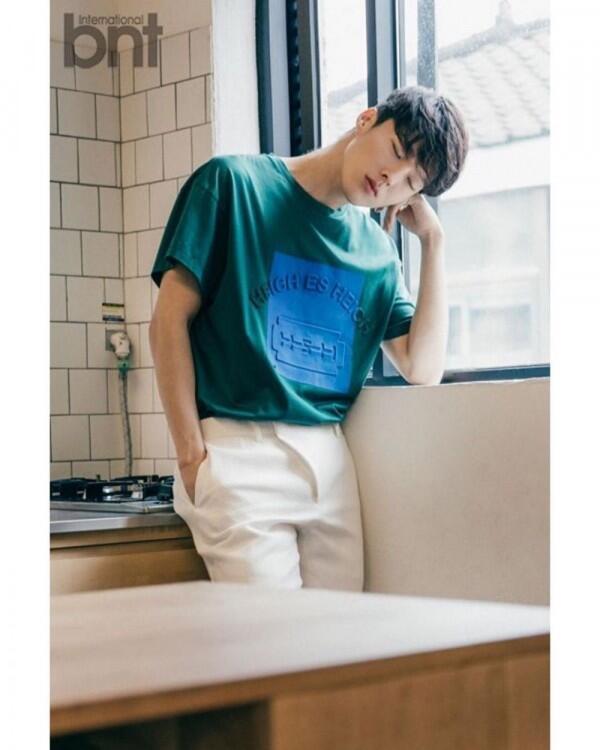 Jadi Main Lead di Drama Rom-Com, Ini 10 Potret Memesona Jang Ki Yong