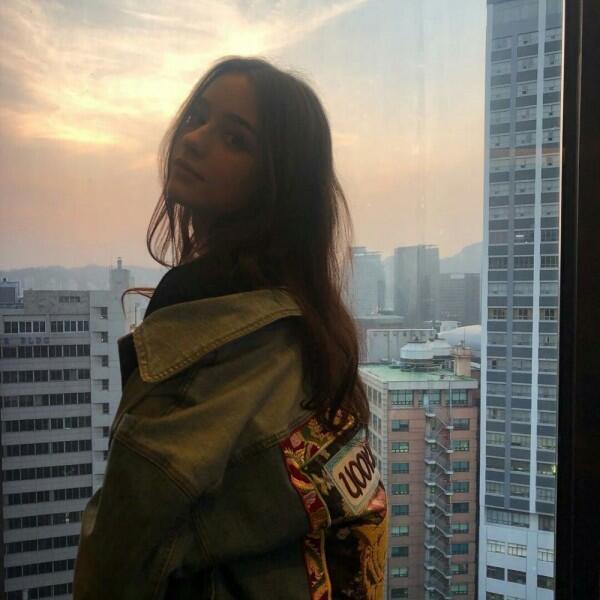 10 Potret Dasha Taran, YouTuber Rusia yang Dikontrak Agensi Korea