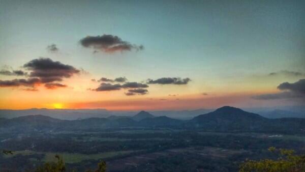 6 Potret Bukit Banyon, Negeri di Atas Awan Milik Trenggalek