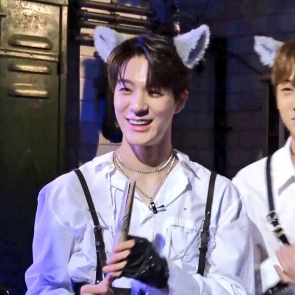 10 Potret Transformasi Jeno NCT Dream dari Imut Hingga Jadi Manly