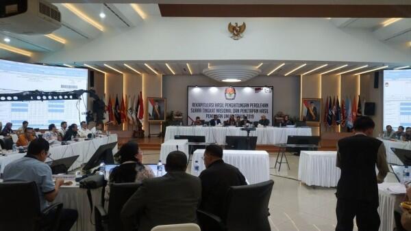 KPU Rekapitulasi Suara Provinsi Jawa Barat dan Sulsel Hari Ini