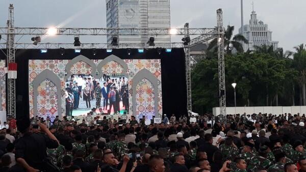 Buka Bersama TNI-Polri, Jokowi Janjikan 3 Hal Ini