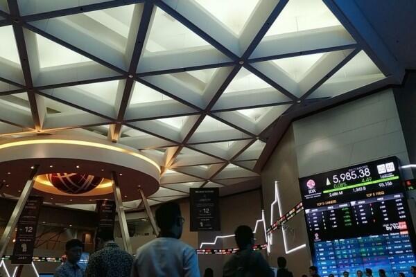 Lagi-Lagi Investor Asing Kabur dari Pasar Saham Indonesia